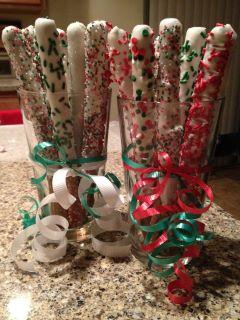 white christmas chocolate covered pretzels - Christmas Chocolate Covered Pretzels