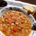 Traditional-Greek-Bean-Soup-Fassolada-DSC03975-300x225