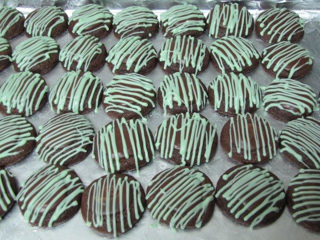 ... mint crystals and cocoa nibs sparkling cocoa mint truffle kiss cookies