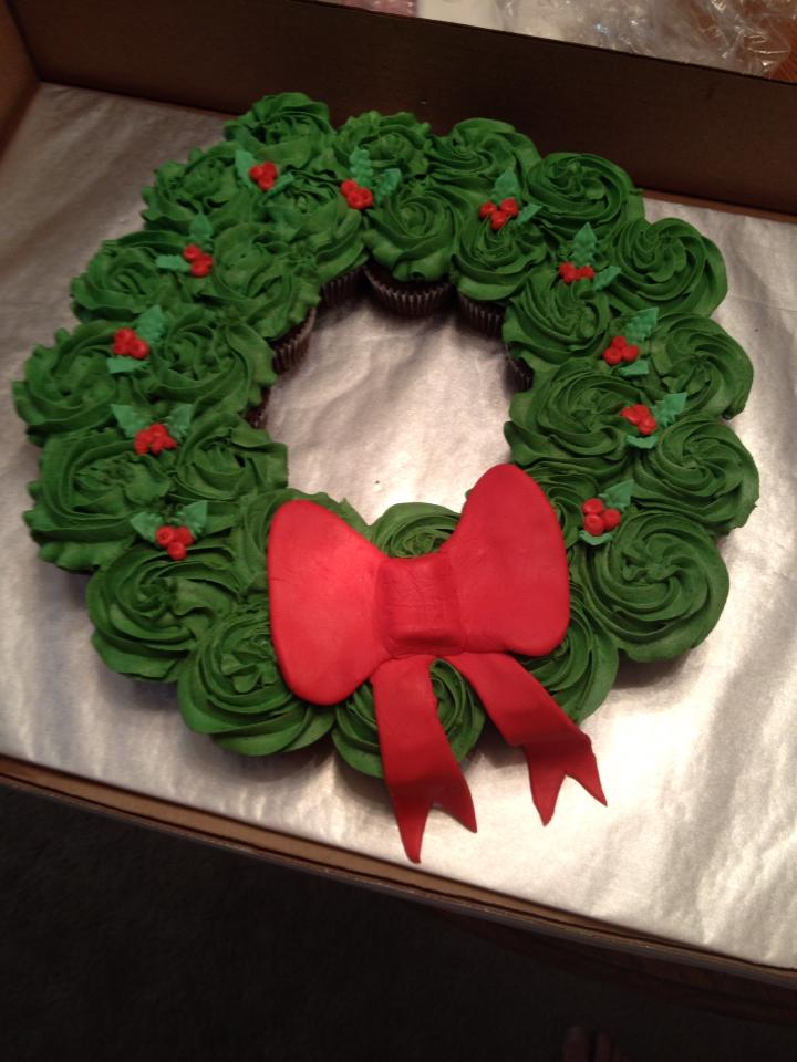 Cup Cake Christmas Wreath